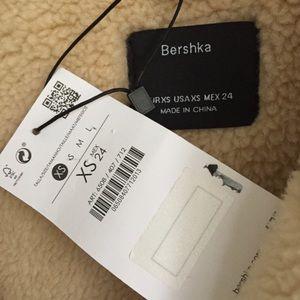 Bershka Jackets & Coats - NWT Bershka Zara Group Faux Shearling Jacket Coat